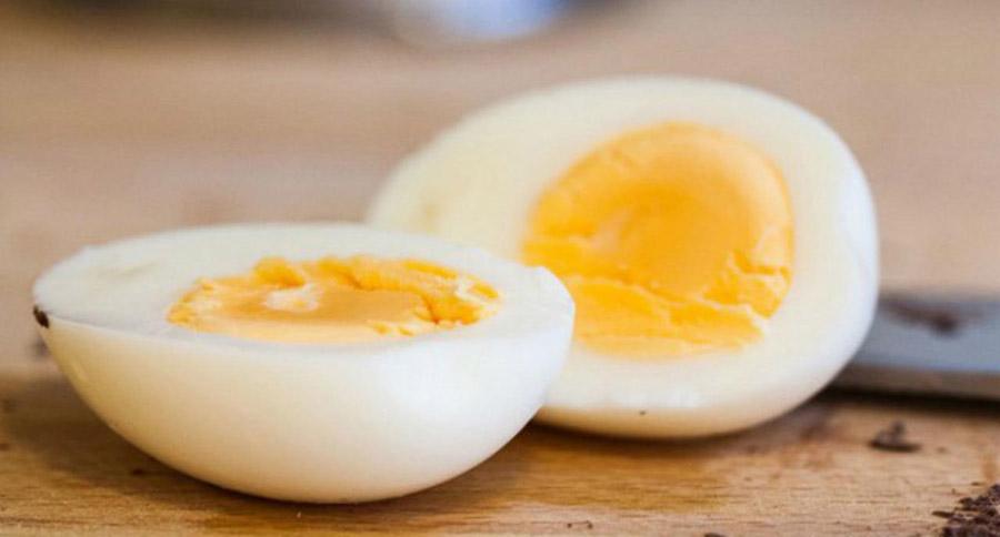 Quantas calorias tem um ovo?